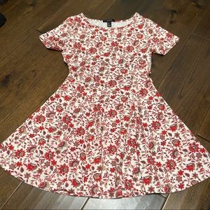 FOREVER 21 Red Floral Pattern Mini Dress